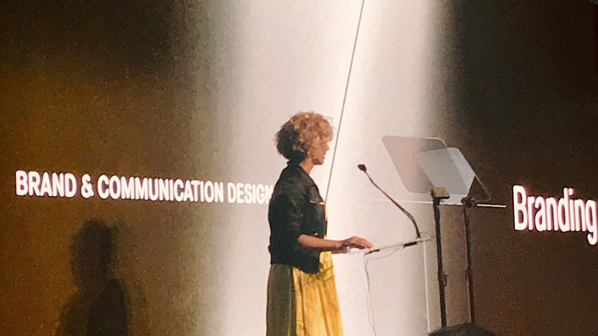 Awards DAY CREATIVE Red dot award Brand & Communication design awards